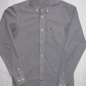 Рубашка на на подростка с XS, S размером.