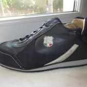 Продам кожаные кроссовки Footcare 41 р.