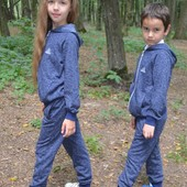 Спортивний костюм модель «Adidas» вік 6-10 років НЕ оригінал!