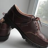 раз.45-46.Фирменные туфли от Clarks
