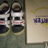 б/у ботиночки для мальчика 23 -14,5 см. Bartek