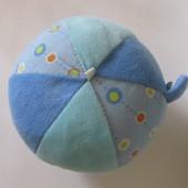 Мягкий мячик-погремушка Babydream
