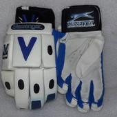 Фирменные спортивные перчатки Slazenger (Англия) краги для крикета,хоккея и прочих видов спорта