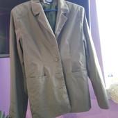 Пиджак рр12 бренд Etam