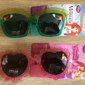 Солнцезащитные очки для малышки 2-4 года  3-5лет Disney Дисней 100% защита от ультрафиолетовых лучей