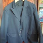 новый мужской классический костюм на 1 пуговице 58 размера на рост 164 см