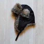 Шикарная шапка для парня. Теплая. Внутри на подкладке. Размер от 2-х лет