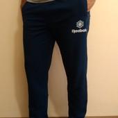 Спортивные ровные трикотажные мужские брюки Reebok