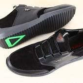 Мужские спортивные туфли Lacoste черные из натуральной замши и кожаными вставками на шнурках