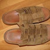 фирменные кожаные босоножки Clarks 42-43 р UK 8,5