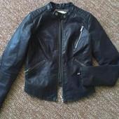 Стильная курточка bershka,xs-s