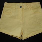 суперовые джинс.шорты Nutmeg 9-10 лет стояние новых