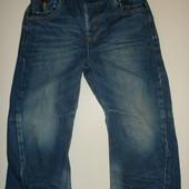 модные джинсы с потертостями на 1-3 года