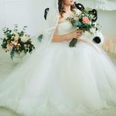 Пышное свадебьное платье, р. M/L