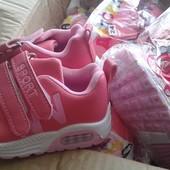 Новые!Детские кросовки, для девочек.качество супер !21-26