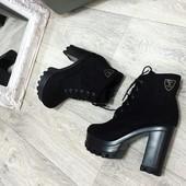 Классные ботильоны,  ботинки на усточивом каблуке эко замша