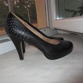 Кожаные туфли 5-th avenue 38 р.