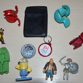 разные брелки/игрушки