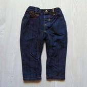 Стильные джинсы с кожаными вставками для модника. Mothercare. Размер 6-9 месяцев.