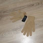 Перчатки H&M.