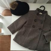 фирменное пальто Zara 2-3 идеал в составе есть шерсть