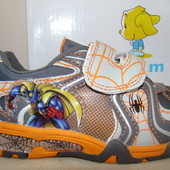 Кроссовки для мальчика размер 30.