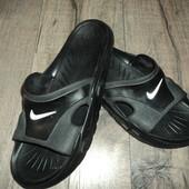 Шлепанцы Nike оригинал Размер UK 10 см