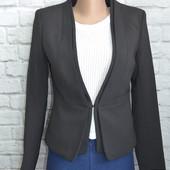 Стильный пиджак Н&М р. S