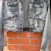 Короткая джинсовая курточка р.38