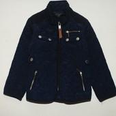 Стеганая курточка на 2-3 года фирма зара в отличном состоянии