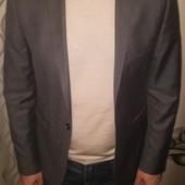 Burton - оригинал, брендовая вещь пиджак.