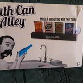Игра с водяным пистолетом.