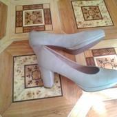 Красивые кожаные туфли, 36 р
