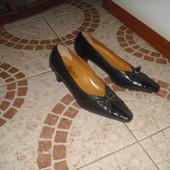 Туфлі бренду velluto 25,5 см  шкіра 39 розмір