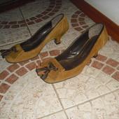 Руді туфельки 35 розмір шкіра Італія