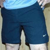 Фирменные оригинал спортивные  шорти шорты Nike .м-л .