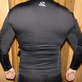 Фирменная спортивная компресионная термо кофта  Sondico