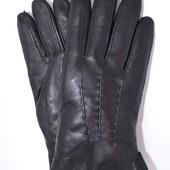 Мужские кожаные перчатки на овчинке.
