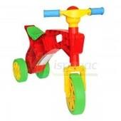 Ролоцикл  детский 3-х  колесный,  красный