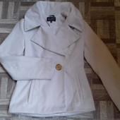 Белое короткое пальто Belanti