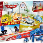 Трек Planes Sky Track Challenge плюс дополнительный самолет от фирмы Mattel