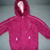 фирменная куртка на 4-5 лет для девочки