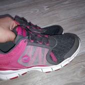 р 37 Легчайшие кроссовки Hi-Tec