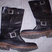 кожаные  сапожки  ф.  Palladium  размер   39 -  25.5  см