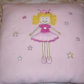 Детская флисовая подушка с принцессой в хорошем состоянии
