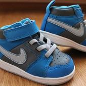 Высокие кроссовки-ботинки Nike (оригинал). Размер 20