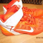 фирменные  кроссовки 48,5 р Nike UK 13 (32 см)
