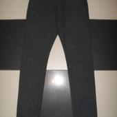 Брюки стильные тёпленькие на 48 размер,рост 180-182 см