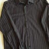 Фирменную рубашку р.XL