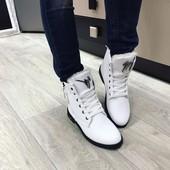 Ботиночки белые,зима
